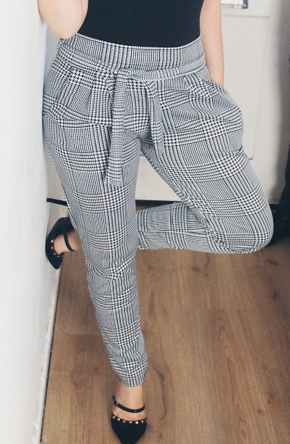 Femme Luxe Houndstooth Paper Bag Slim Fit Trousers