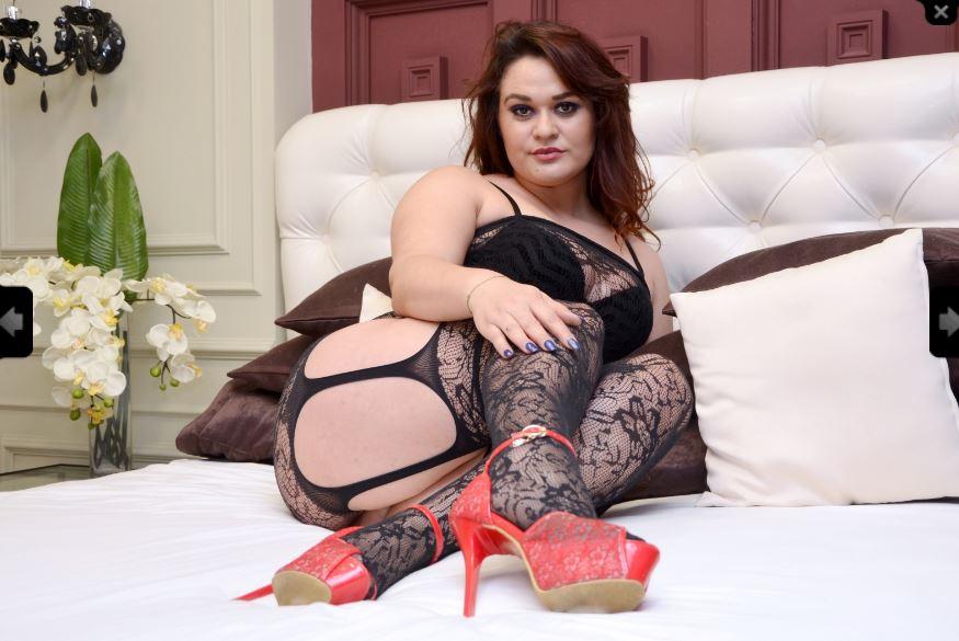 Miss Laura Model Skype