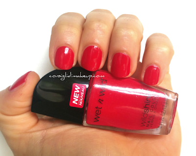 NOTD: Smalto WildShine Red Red - Wet n Wild