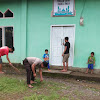Polisi Peduli,Bhabinkamtibmas Gantarang Polres Gowa Membersihkan Tempat Ibadah
