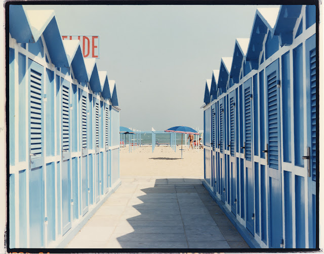 Riviera romagnola, fotografia di Luigi Ghirri, 1989