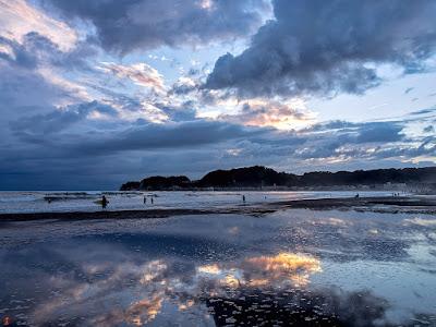 At twilight in late summer: Yuigahama-beach
