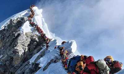 Engarrafamento no Everest