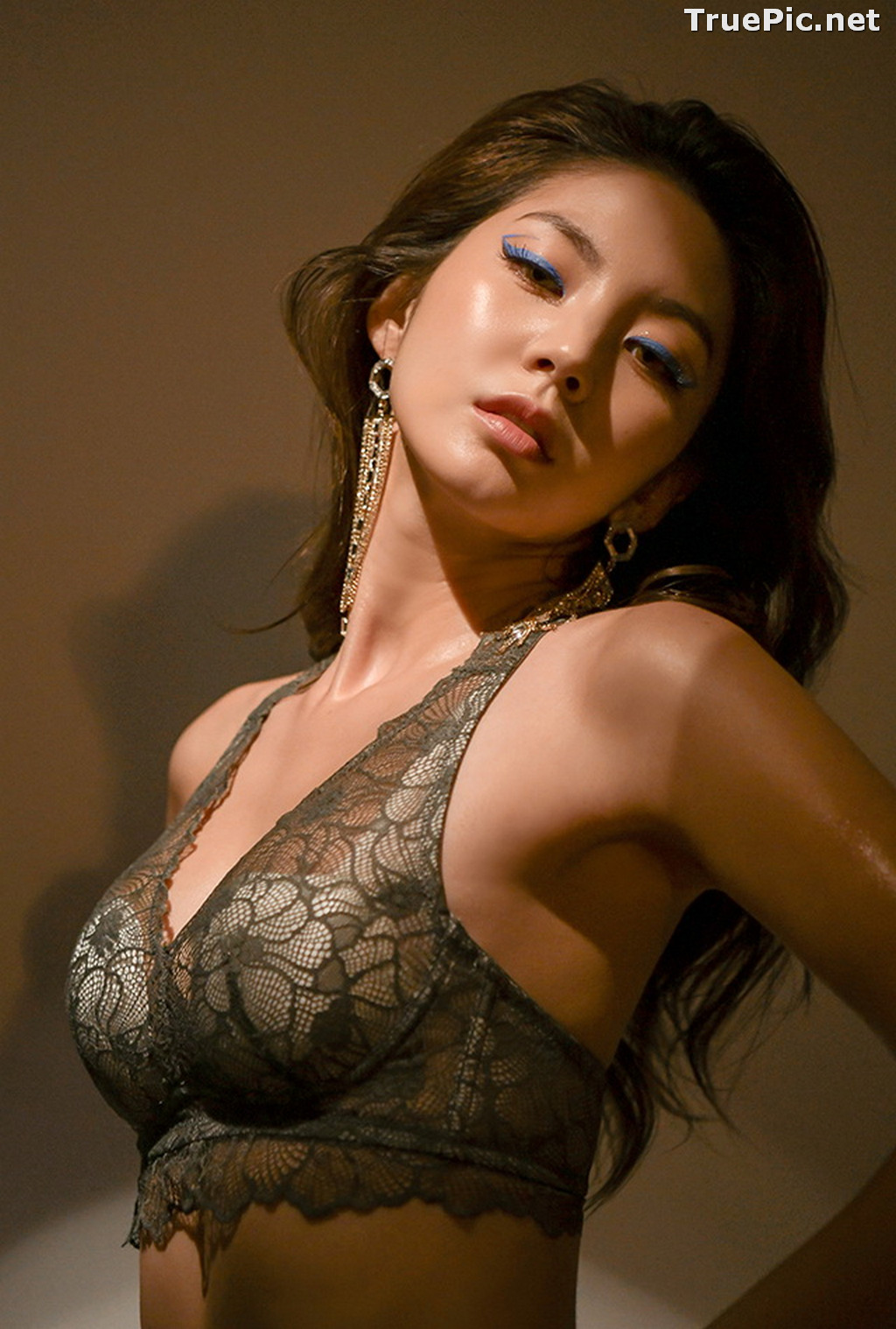 Image Korean Fashion Model - Lee Chae Eun - Soft Brown Lingerie - TruePic.net - Picture-10