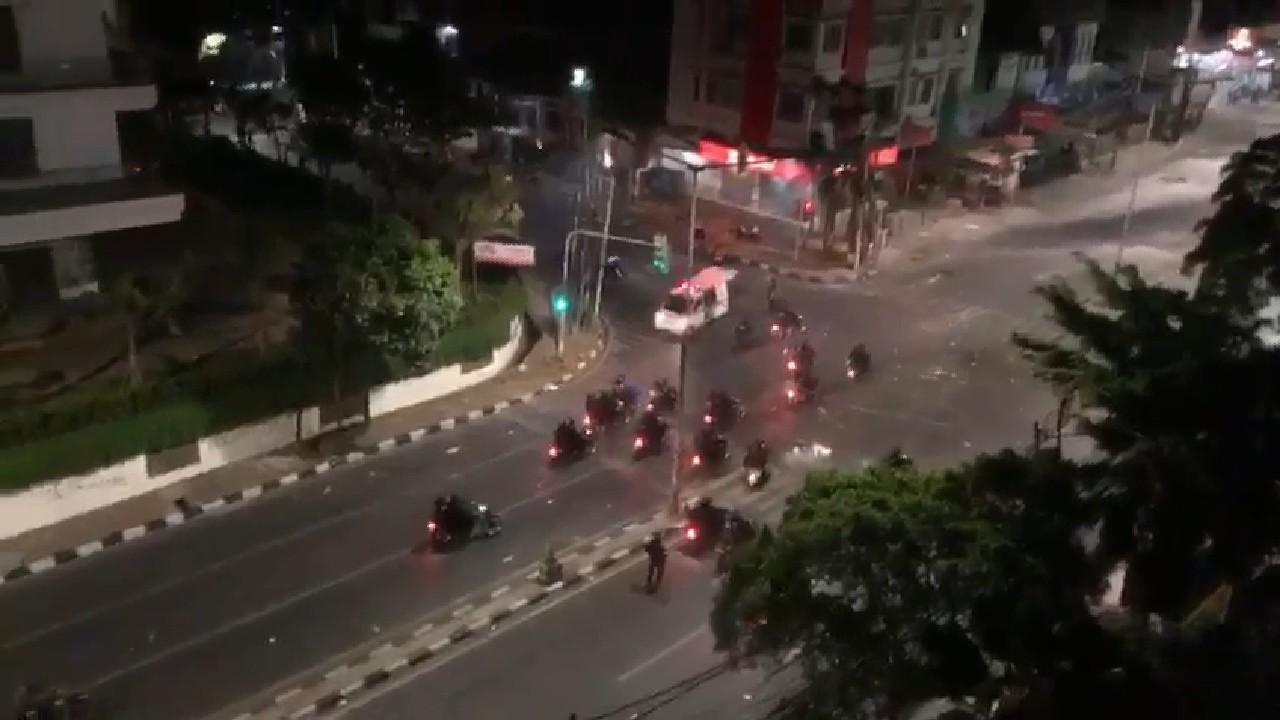 Innalillahi... Ini Detik-detik Penembakan Ambulans oleh Oknum Aparat