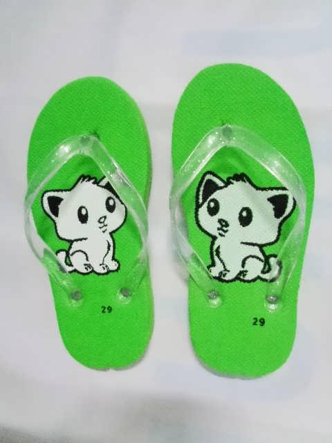 sandal anak kucing hijau
