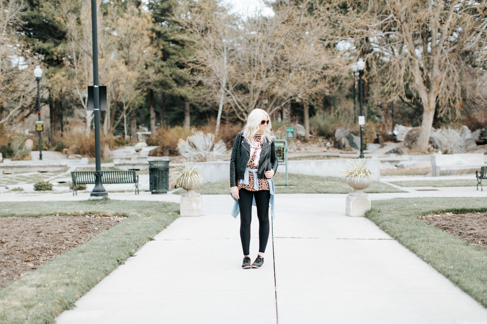 Platinum Hair, Sporty Outfit, Fashion Blogger