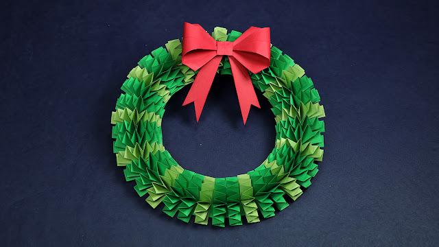 DIY Christmas Wreath | How to Make Accordion Paper Folding Wreath?