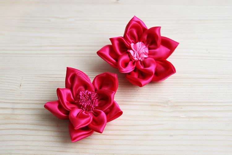mimi et petit loup r aliser un serre t te fleur en tissu. Black Bedroom Furniture Sets. Home Design Ideas