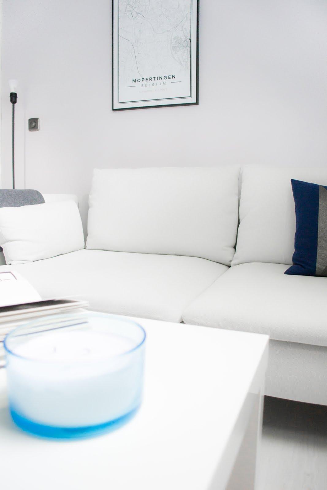 Ikea söderhamn sofa, mapiful poster, white interior, scandinavian interior,