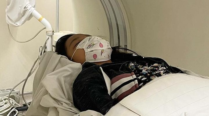 10-year-old girl suffers seizure due to excessive use of gadgets