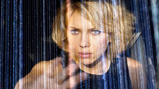 Movie Reviews : Review dan Sinopsis Film LUCY (2014)