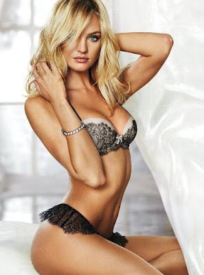 model seksi yang palsu