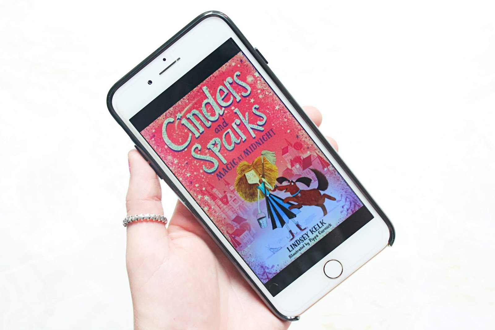 Cinders & Sparks: Magic at Midnight By Lindsey Kelk