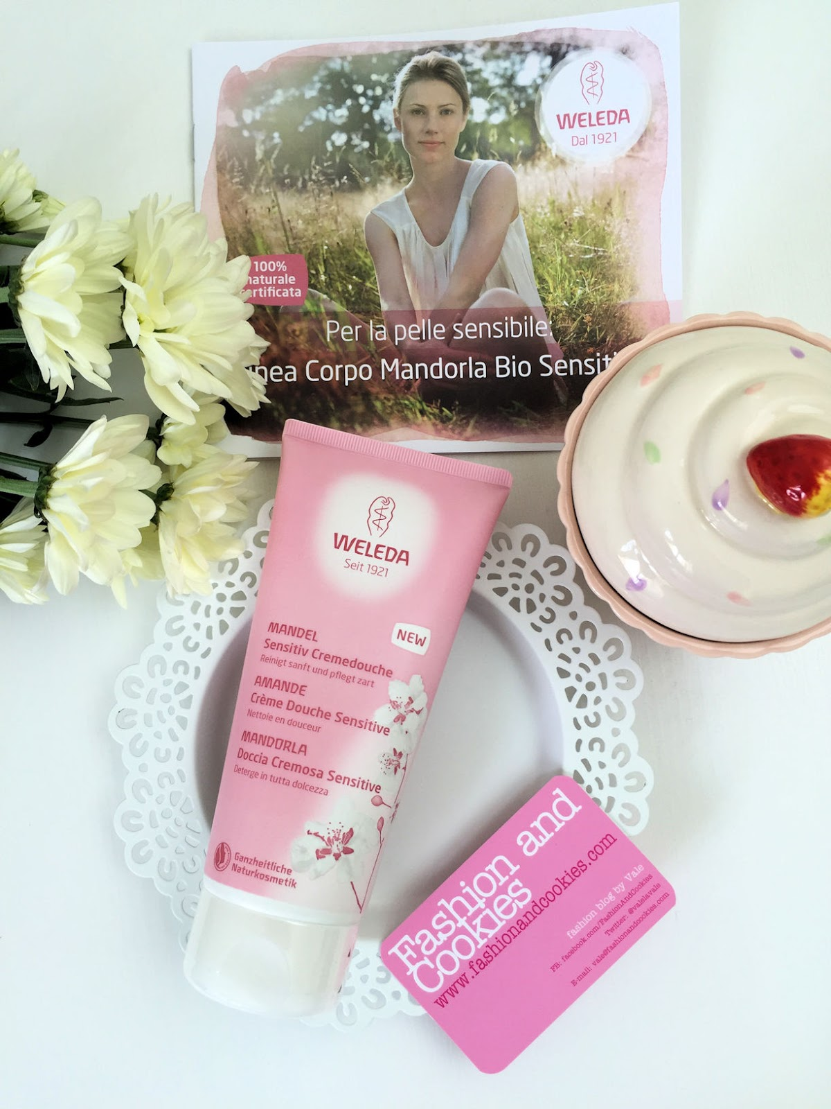 Weleda Creme Douche Sensitive with Almond Oil on Fashion and Cookies beauty blog, beauty blogger