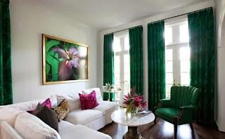 sala color verde esmeralda