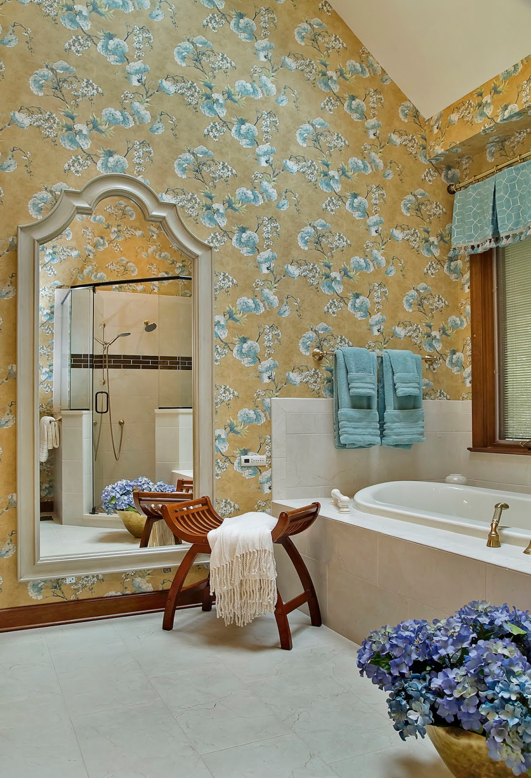 It's hard to exactly say what is the cost of a single roll of wallpaper. It could b reasonable as $15.00 a single roll or $400.00 a single roll.