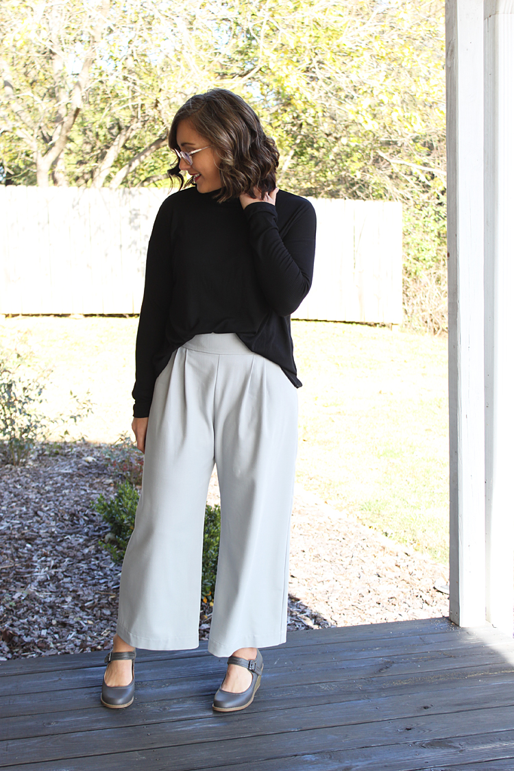 Paloma Pants + Monroe Turtleneck // Sewing For Women