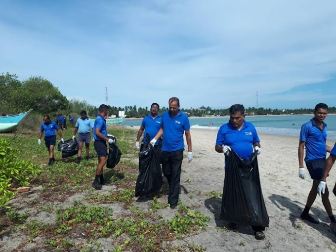 Cleaning Arugambay beach on Coastal cleaning day. - RC Kalmunai
