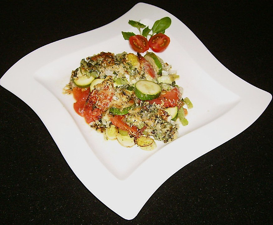 low carb rezepte zucchini tomaten mozzarella auflauf. Black Bedroom Furniture Sets. Home Design Ideas