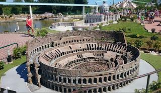 Italia en Miniatura, Coliseo de Roma.