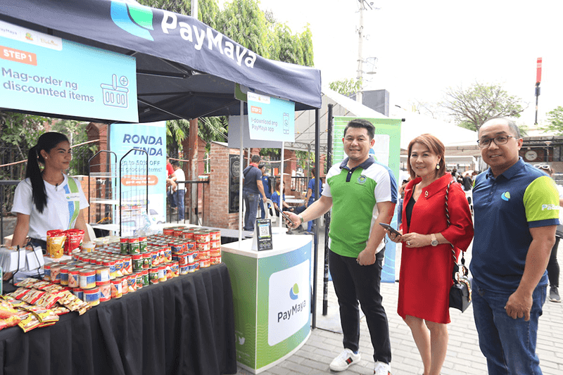 "PayMaya and South Emerald Supermarket launch  ""Ronda Tinda"" cashless mobile grocery store"