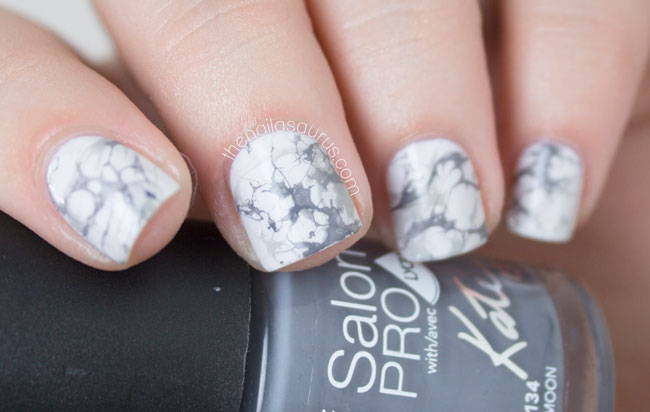 White Marble Effect Nail Art // The Nailasaurus
