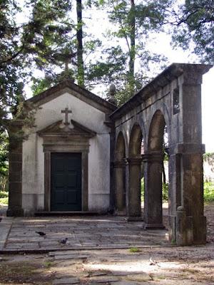 fachada da capela do Parque de São Roque