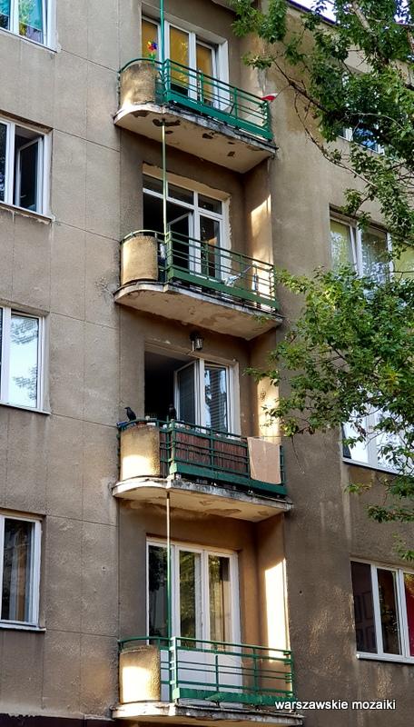 Warszawa Warsaw ulice Ochoty architektura modernizm kamienica balkony