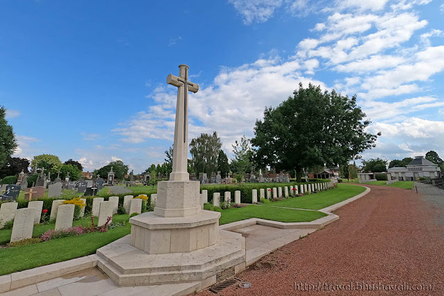 Graves of Indian Soldiers of First World War in Belgium - Halle Cemetery