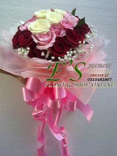 hand buket mawar cantik
