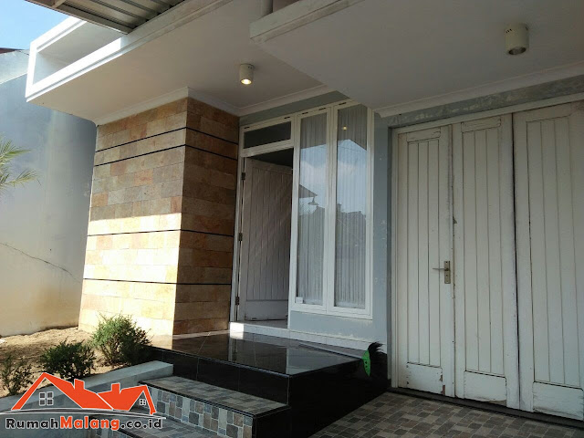 Rumah mewah minimalis jalan Bunga Krisan