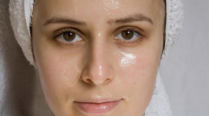 wajah berminyak, tips hapus wajah berminyak, cara menghilangkan minyak di wajah, tips agar wajah tidak berminyak, bebas dari wajah berminyak, tutorial wajah yang berminyak