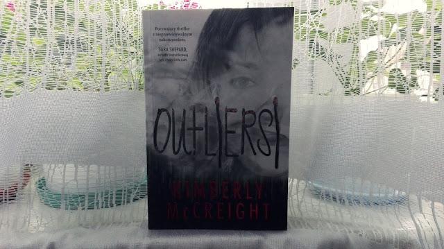 Kimberly McCreight - Outliersi