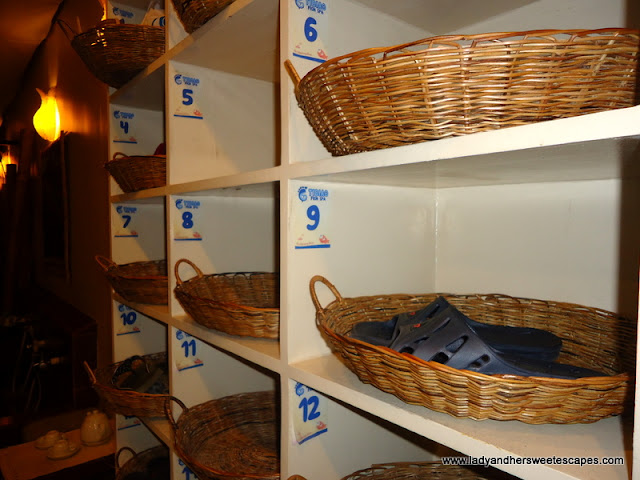 shoe racks at Tibiao Fish Spa