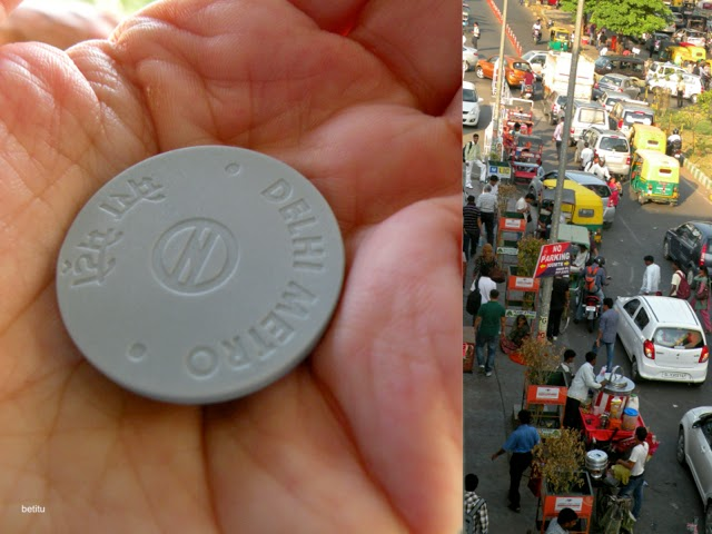 Delhi Metro plastic token by betitu