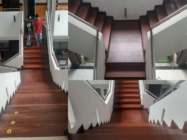 Pemasangan papan tangga kayu merbau di kantor kejaksaan Jakarta