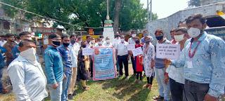 गांधी जयंती पर विशेष साफ सफाई अभियान चलाया