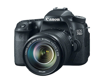 Canon EOS 70D - 18-135mm IS STM lens