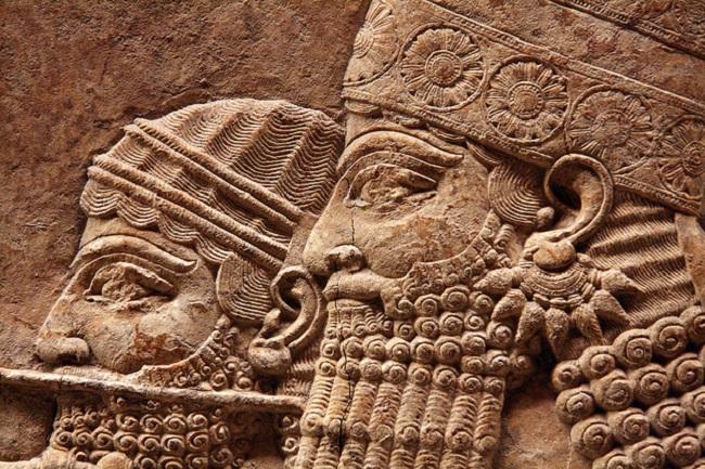 Asurbanipal y su biblioteca