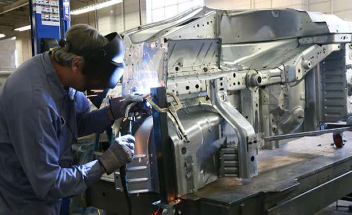 Una de las tendencias en la industria automotriz es el uso de nuevos materiales. (Foto: Ford)