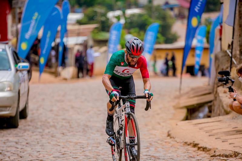 طواف رواندا لدراجات : لعقاب عز الدين في المركز 20 في المرحلة الثامنة