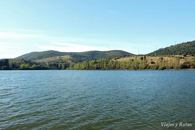 Lago Carucedo, León