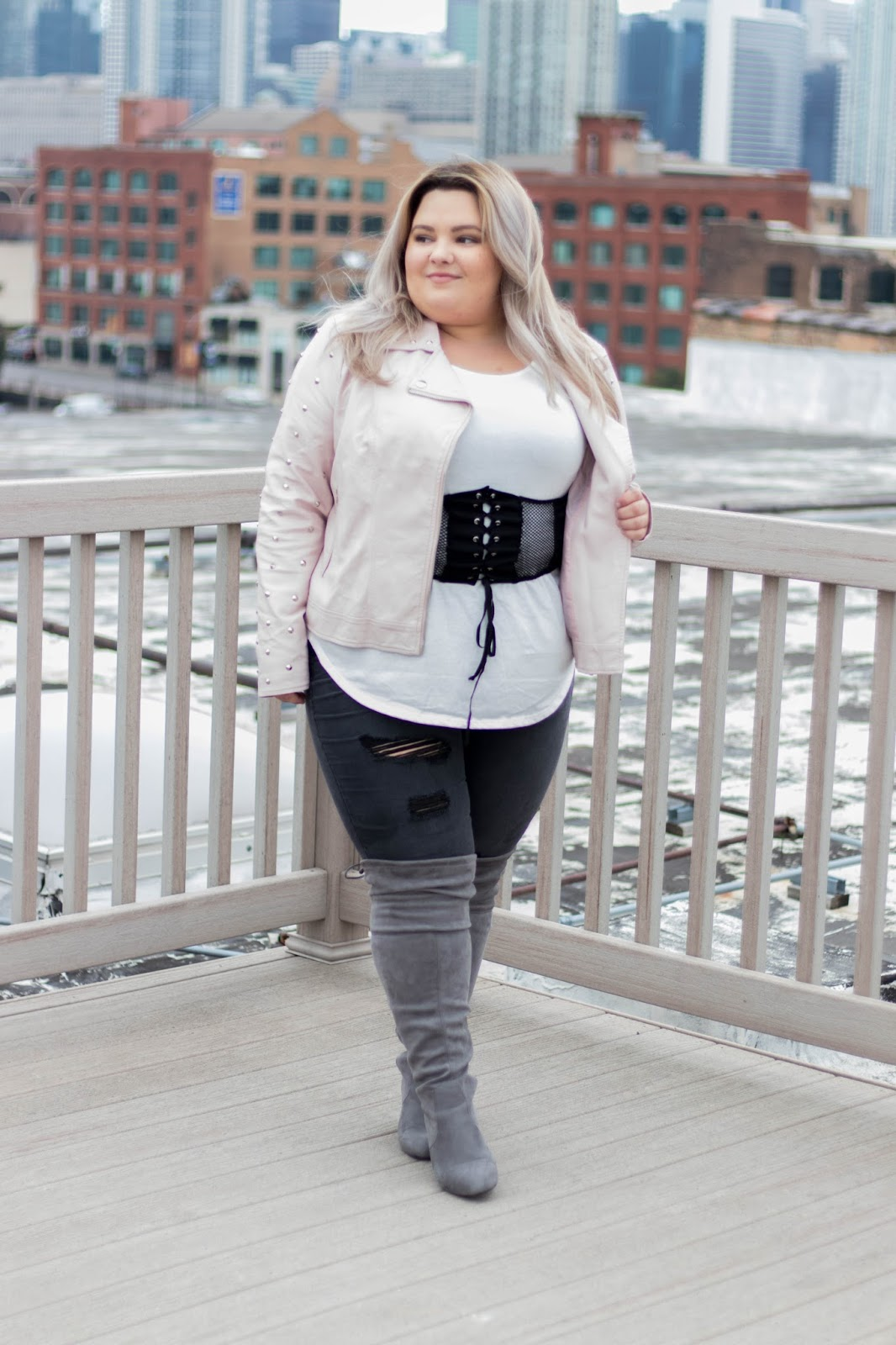 natalie in the city, natalie Craig, plus size fashion blogger, Chicago plus size fashion blogger, body positive, Charlotte Russe, affordable plus size clothes, wide calf knee high boots, wide boots, plus size boots, wide calf, curves and confidence, refinery 29, the 67 percent project, plus size dating, Chicago, Chicago fashion, Chicago skyline