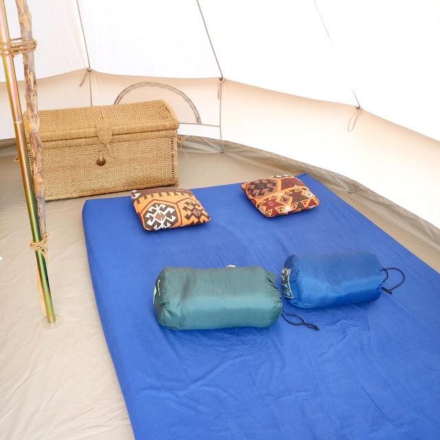Notre lit pour une nuit en éco-lieu.