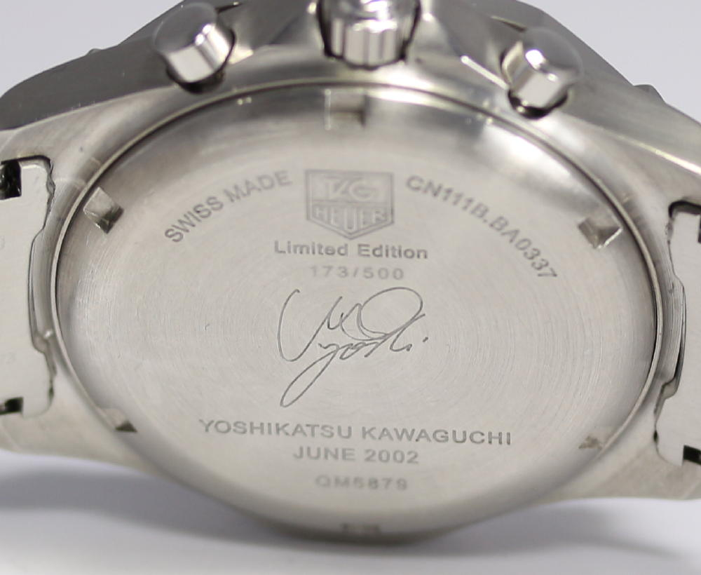 fd7f8f348eb6 The watch is signed on the back plate and each piece is numbered out of  500. This particular example looks to be in excellent condition from the  photos (I ...