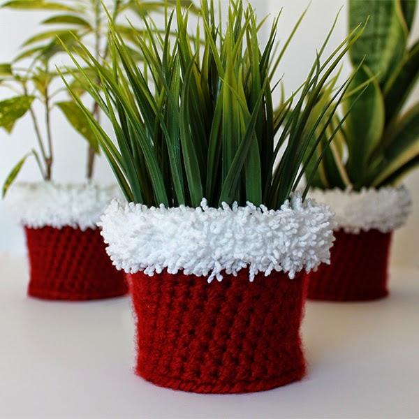 Santa Crochet Planter Cover | The Inspired Wren