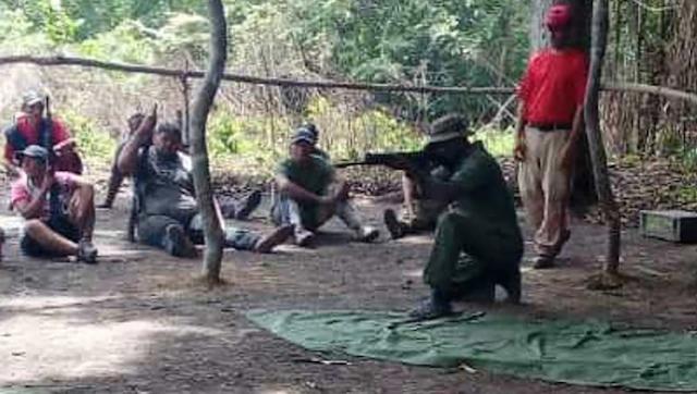 Guerrilleros entrenan a dirigentes del chavismo en estados fronterizos (+Fotos)