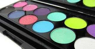 Einkauf & Gewinn bei Shining Cosmetics