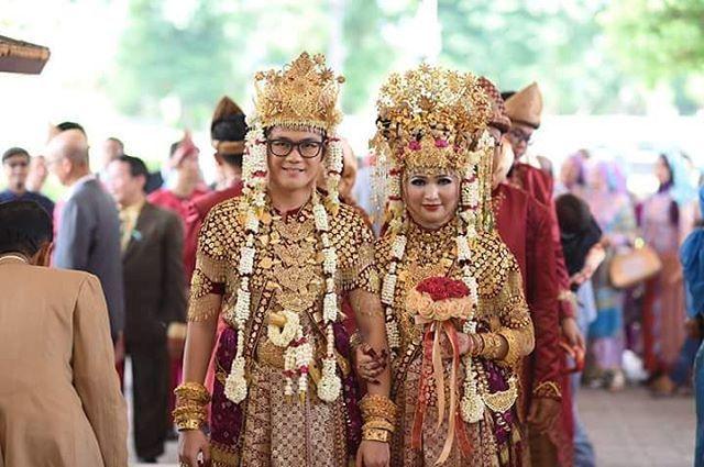 Pakaian Adat Provinsi Sumatera Selatan - Aesan Paksangko